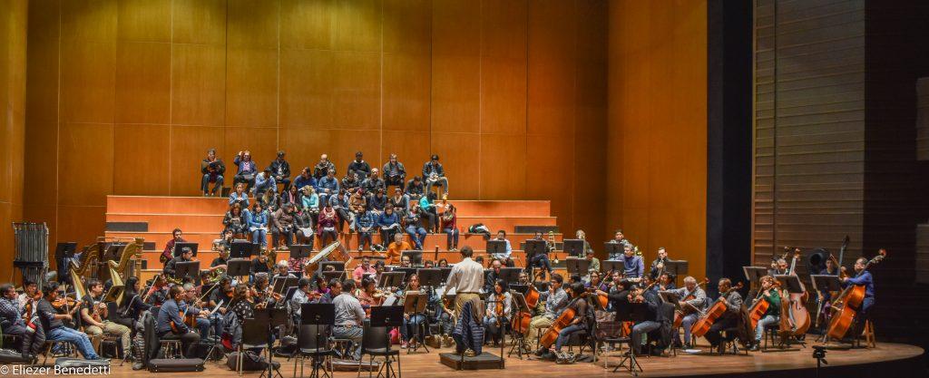 Todo queda listo para iniciar esta aventura musical, que nos hará retroceder más de 100 años en la historia, donde la realidad de ese entonces se asimila mucho a la actualidad peruana.